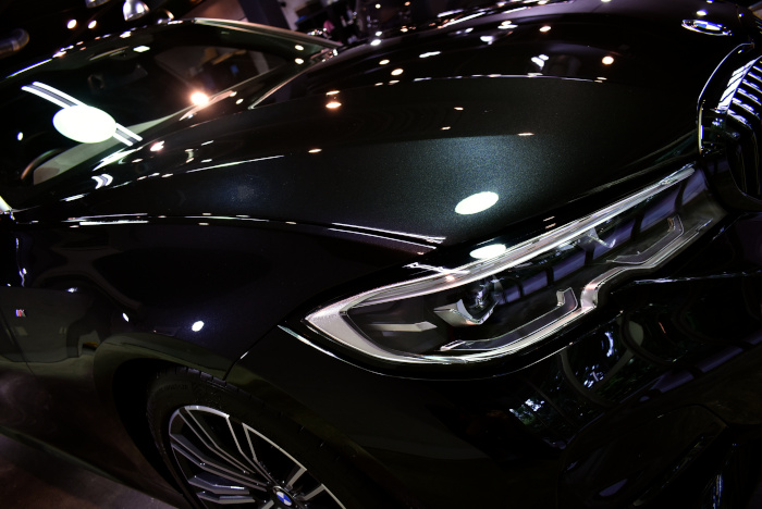BMW320-2.jpg