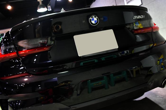 BMW320-8.jpg