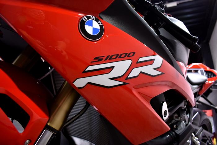 S1000RR-3